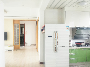 盛世美域地铁口电梯7楼套三韩式精装免双税92平128万