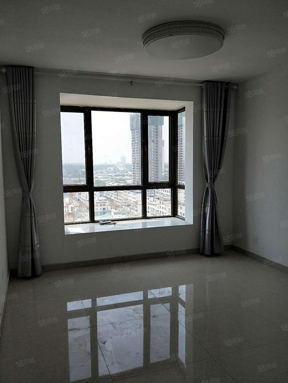 曼哈顿,三室,空调,热水器,实拍图片