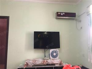 y新葡京平台润园精装两室两厅1300/月急租
