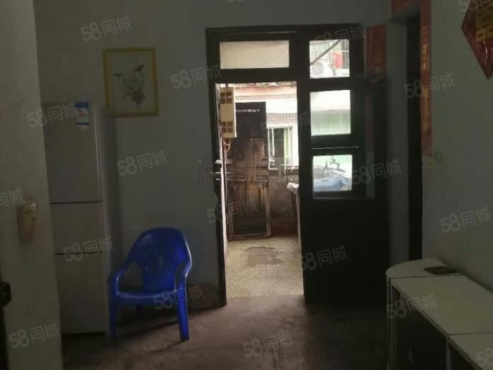 城北粮站藕园巷简装2室东西齐全空调2个可以半年付