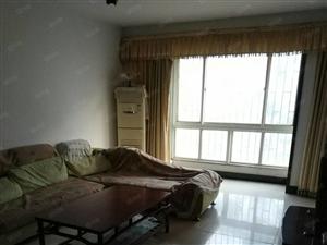 英才街黄河美邸145平米精装三房家具家电齐全欢迎过来看房