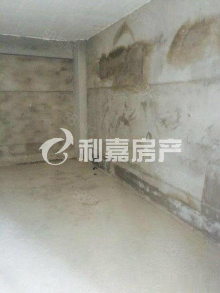 东湖品臻旁东城国际2期re卖两房直降5万诚信出售!!