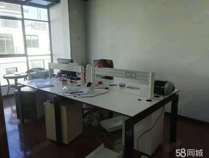 锦上坊:精装修别墅适合婚纱摄影和办公室