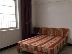 七花苑小区4室2厅2卫环境优美安静舒适交通方便