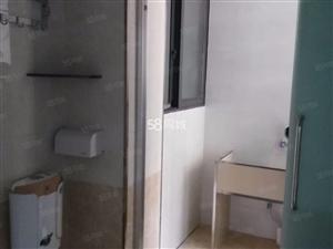 2室1厅1卫0阳台1500元/月,封闭小区,随时入住
