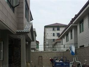 百富达独栋别墅,独门独院,房型好,阳光佳,两层好房