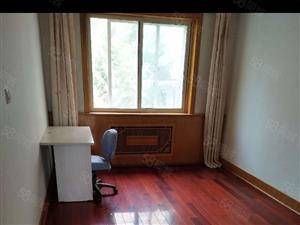 三楼,3室2厅1卫,家具家电齐全,