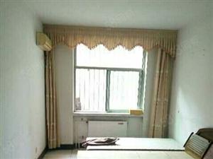 青松苑地下室12平,带有40平院子,屋内简装,