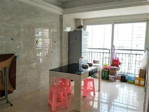 丽水鑫城中层电梯房,三面采光,南北通透,阳光充足,保养新。