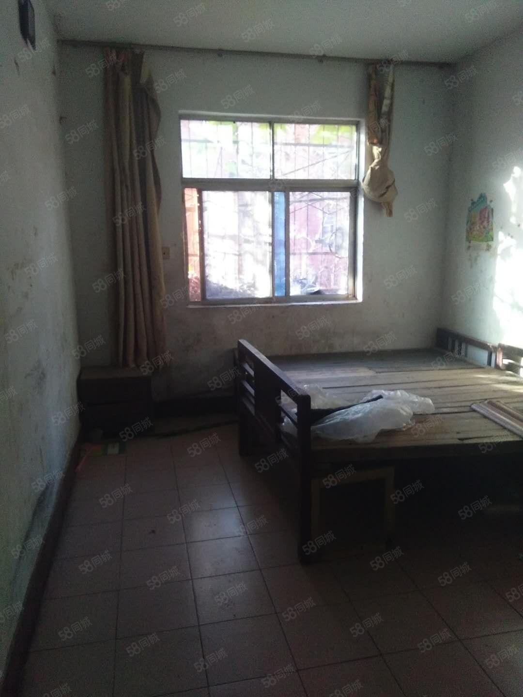 纱厂附近2楼一室一厅拎包即住