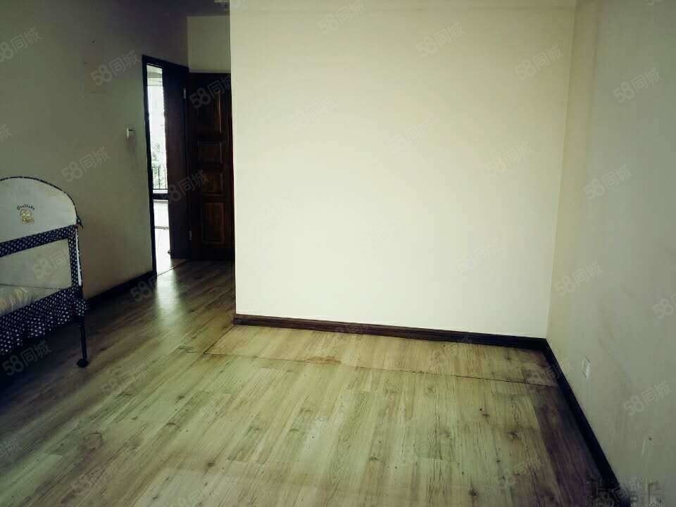 南市区树惠园2500元4室4厅4卫精装修,白领打工族快