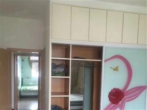 紫金花苑近二室二厅115平精装修,拎包入住5楼售33.8万