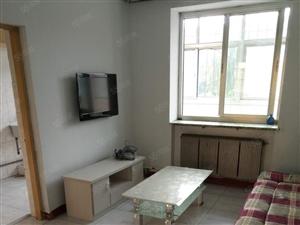 工人新村一楼64平米简装带家具家电