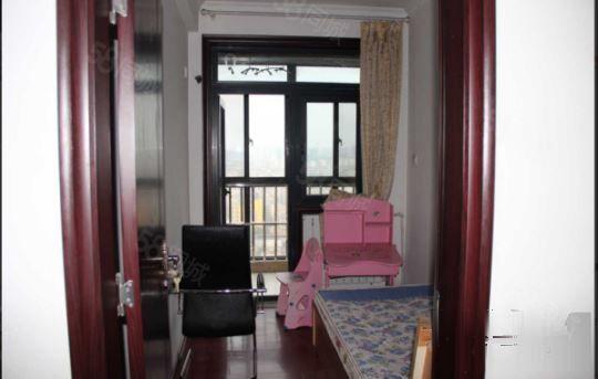 康桥金域上郡1号院精装两室两厅出租月租2500押一付三