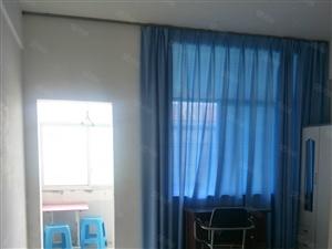 永园小区2室2厅1卫带有床可做饭独立卫生间,年租8000