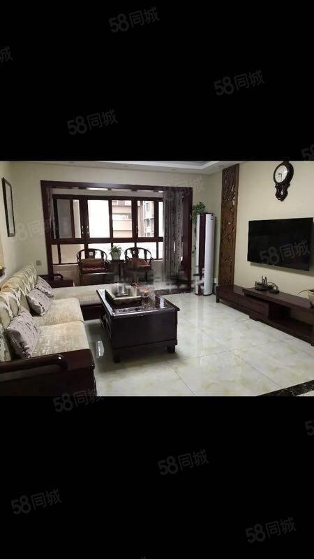 南滨帝景3室2厅2卫精装拎包入住,给你家一样的温馨