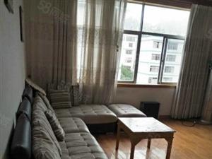 城中心楼梯房120平米3室2厅2卫46万急售