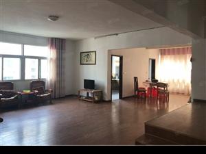 鄂高对面福源花园171平米跃式4室2厅单价4500