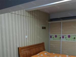 南京商厦一室一厅精装修家具家电全1000一个月