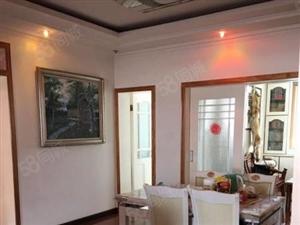 地建小区3室2厅2卫精装修急需出售可按揭