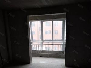 金鼎名城3楼134平方有10多平方3室2厅2卫南北通透