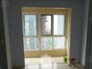青云锦绣花城三室152平刚刚装修的南北通透豪华装修