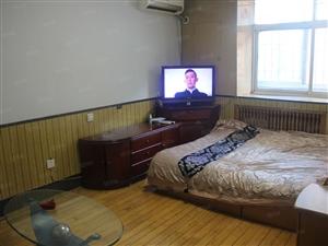 南京路黑马大厦,东方家具城附近一室,有空调有宽带