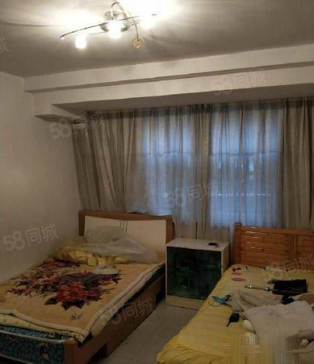 大营街别墅便宜澳门金沙平台,豪华装修,家具家电齐全,拎包入住