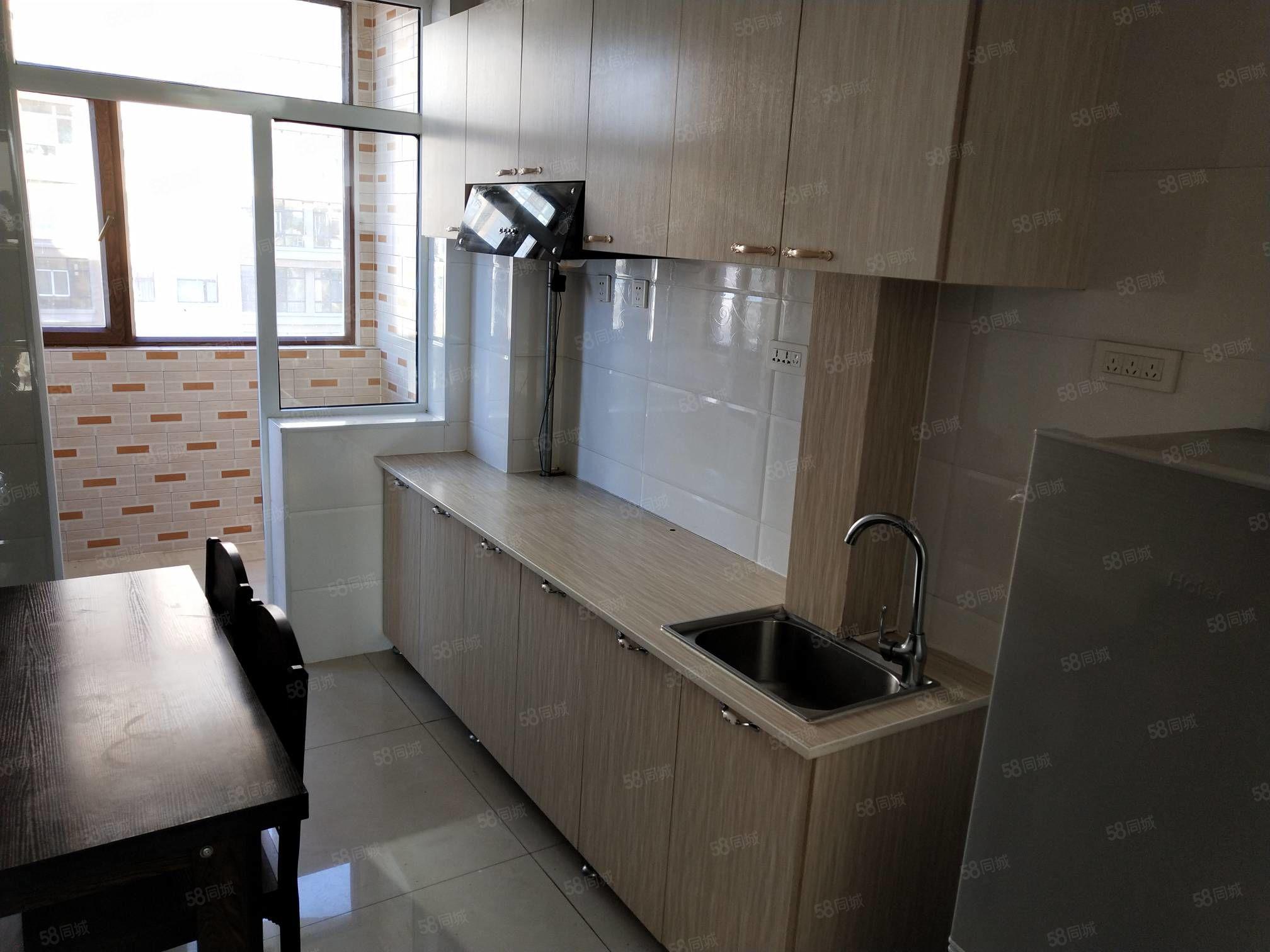 五中附近,《恒园小区>高层11楼,89平精装修,拎包入住出租
