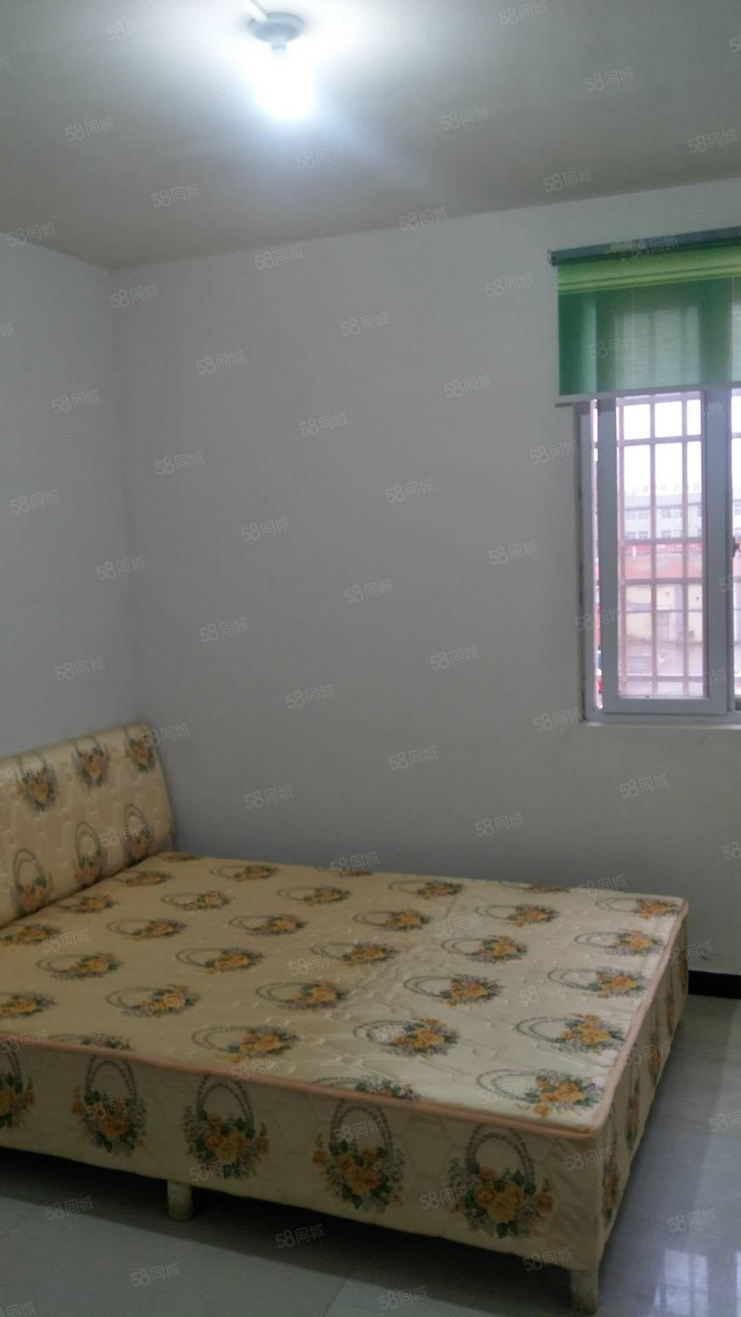 三合大市场首次出租2楼精装修2室一厅家具家电齐全