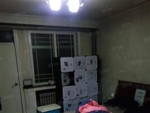 三分厂宿舍3楼3室精装修拎包入住1200元有钥匙
