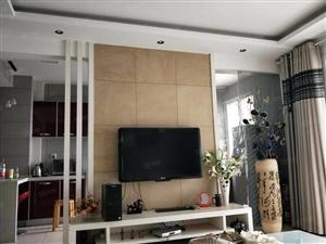精装修两居室,家电齐全拎包入住。