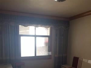 都市男装3室2厅1卫