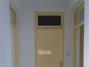 888真人娱乐888真人娱乐铁路小区2室1厅1卫