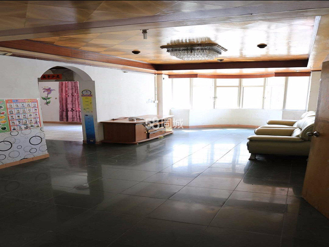 漠江路旧石头记酒吧后面电子大夏2室1厅1卫