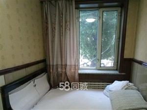 景福街临近步行街4室0厅2卫
