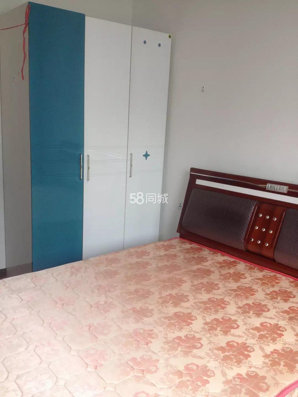 江口县杨澜桥加油站后面1室0厅1卫