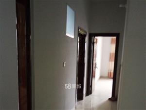 鸿鑫财富广场3室1厅3卫