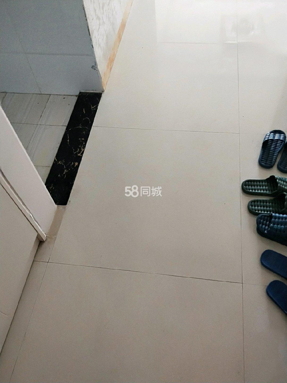 �P凰城3室2�d2�l