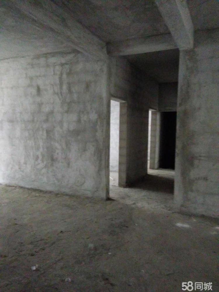 买房送大车库3室2厅2卫