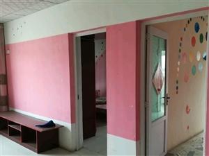 古月新苑3室2厅1卫