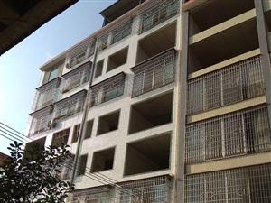 黄莲村3室2厅2卫靠近汽车站三中