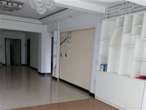 明辉花园3室2厅2卫