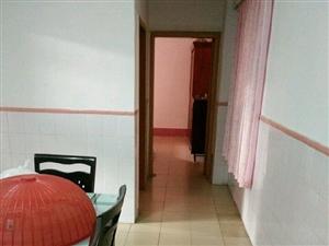 府前街边3室2厅1卫