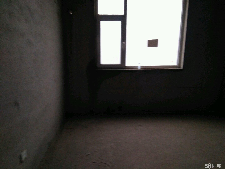 滨州学院附属小学对面小高层昆仑小区2室2厅1卫