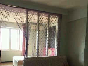 时代广场电梯单身公寓仅租700每月