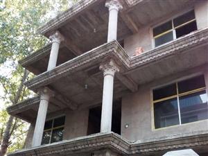 3层小楼独门独院