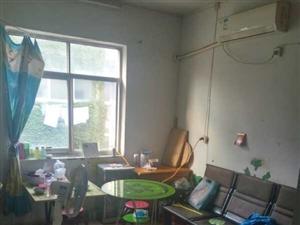澳门金沙县第一初级中学家属院2室1厅1卫