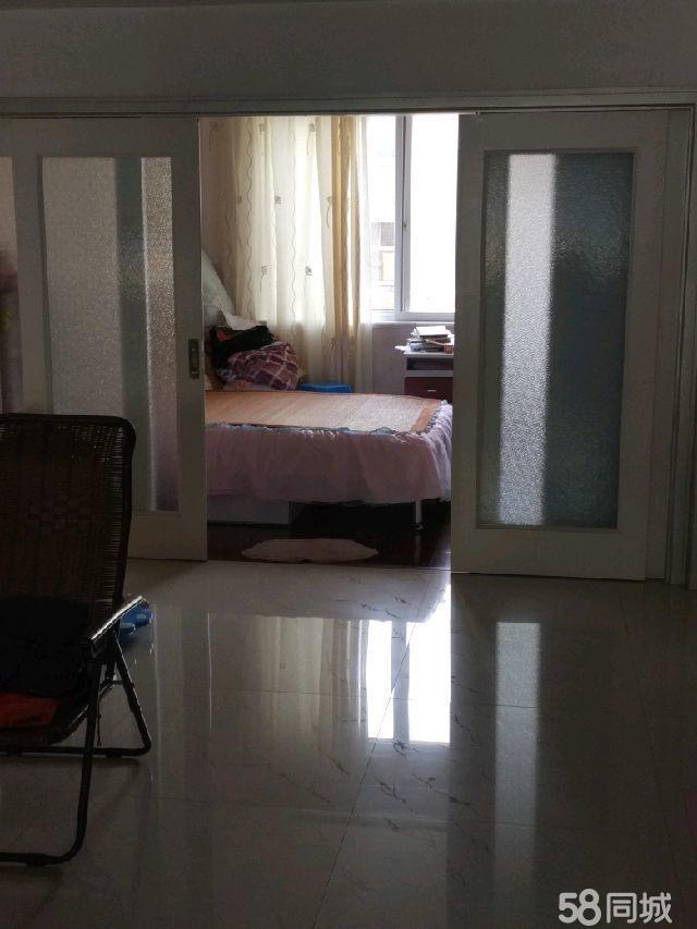 桃花园住宅区3室2厅2卫