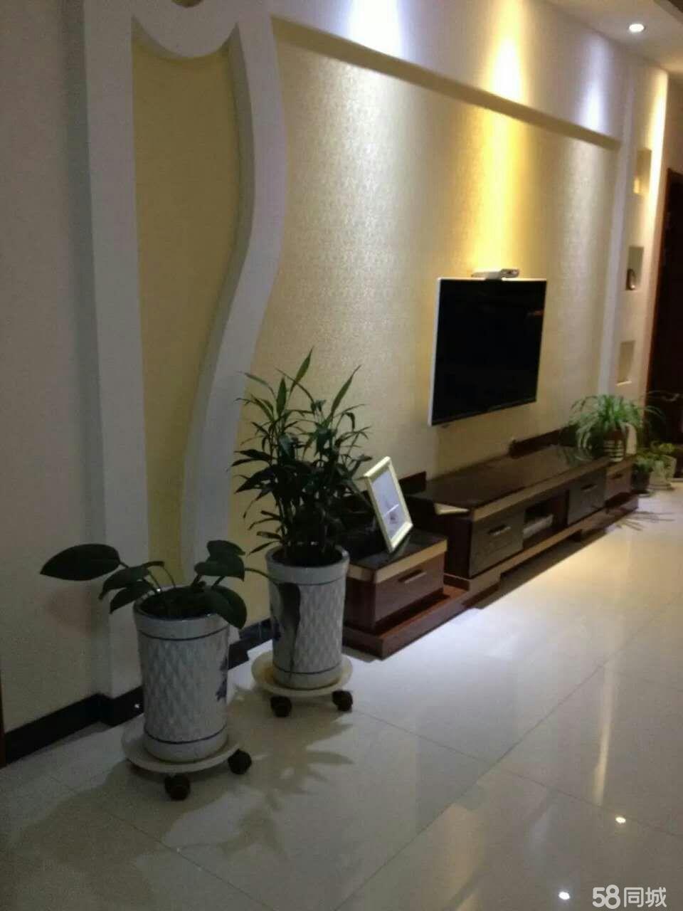 綠源小區精裝潢帶家具家電車位房出售3室2廳1衛